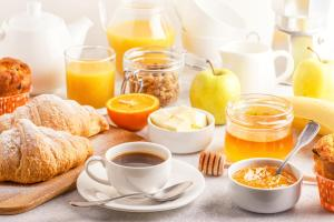 Breakfast options available to guests at New Work Hotel Essen