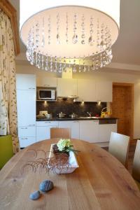 Küche/Küchenzeile in der Unterkunft Hotel am Römerweg
