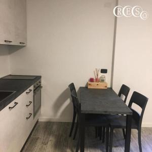 Una cocina o zona de cocina en Elle Apartaments Muradei 33