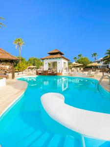 The swimming pool at or near Boutique Hotel H10 White Suites - Adults Only