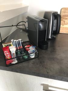 Coffee and tea making facilities at Appartement Havenzicht