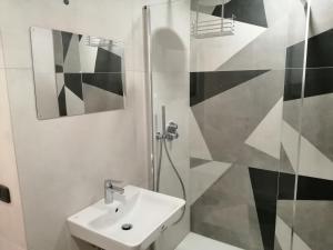 Un baño de Elle Apartaments Muradei 33