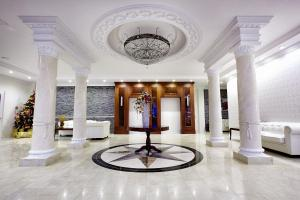 The lobby or reception area at Hotel Splendor
