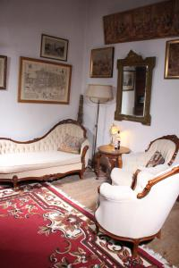 A seating area at Chateau Rosans