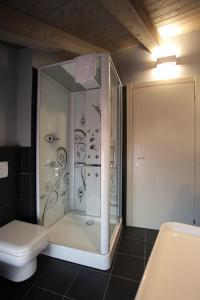 A bathroom at Albergo al Vecchio Tram