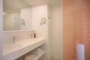 A bathroom at Iberostar Selection Sábila - Adults Only