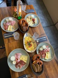 Lunch and/or dinner options for guests at Hotel Am Markt
