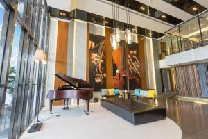 The lobby or reception area at Just Sleep Kaohsiung Zhongzheng