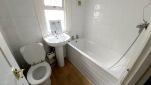 A bathroom at Priestfield House Medway