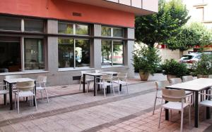 Un restaurante o sitio para comer en Alegret