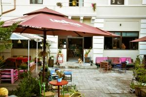 A restaurant or other place to eat at Hostel Durres