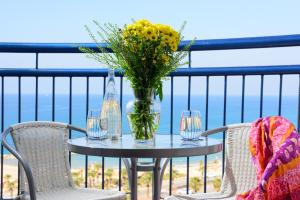 A balcony or terrace at Leonardo Hotel Ashkelon