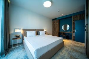 A bed or beds in a room at HVD Reina del Mar - 24 Hours Premium All Inclusive