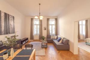 Posezení v ubytování BRAND-NEW SCHÖNBRUNN PALACE RESIDENCE