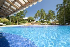 A piscina em ou perto de Pousada dos Girassóis