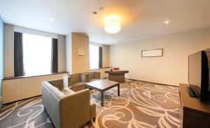 A seating area at Quintessa Hotel Osaka Bay