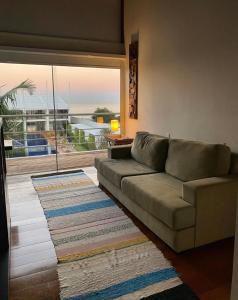 A seating area at Parador Estaleiro Hotel Exclusive