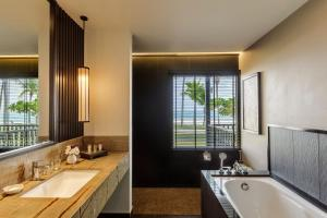 A bathroom at Pelangi Beach Resort & Spa, Langkawi