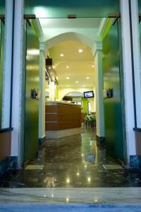 The lobby or reception area at Hotel Sabatino Milan
