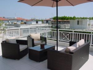 Un balcon sau o terasă la Harisis Apartments