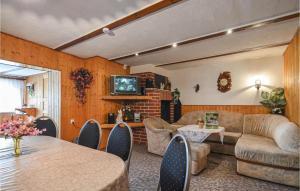 Lounge oder Bar in der Unterkunft Ferienhaus Dorfstrasse W