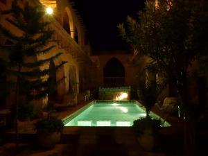Piscina en o cerca de Riad Maktoub