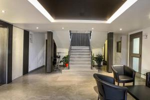 The lobby or reception area at initial by balladins Genève / St-Genis-Pouilly