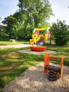 Jardin de l'établissement Camping Domaine de Mepillat