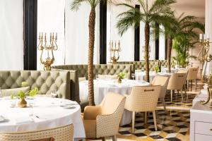 A restaurant or other place to eat at Victoria Jungfrau Grand Hotel & Spa