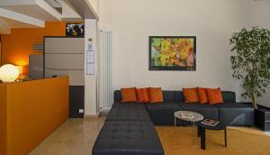 A seating area at Hotel Lupori