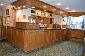 The lobby or reception area at Hotel Harrington