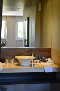 A bathroom at Terra Malal