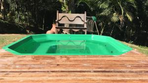 The swimming pool at or close to Chez Ri