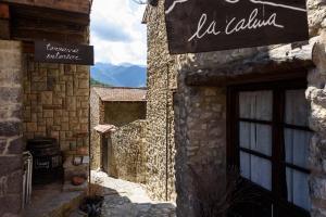 The facade or entrance of La Calma de Bellver