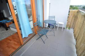 Patio nebo venkovní prostory v ubytování Green Żoliborz apartment 3