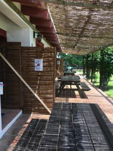 Un patio o zona al aire libre en Molino El Mastral