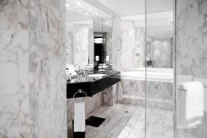 A bathroom at InterContinental Adelaide