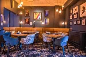 A restaurant or other place to eat at Abbey Hotel Bath, a Tribute Portfolio Hotel