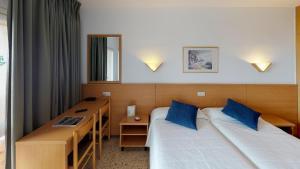 Una habitación en Hotel Samba