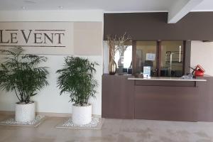 O saguão ou recepção de Modern apartment in levent in front of eagle beach