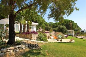 Jardín al aire libre en El Refugio Reyes