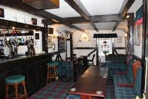 The lounge or bar area at The Upper Largo Hotel & Restaurant