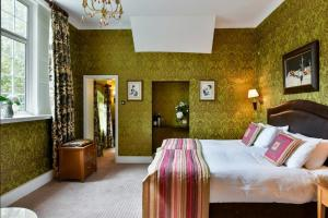 A room at The Charlecote Pheasant