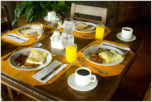 Breakfast options available to guests at Volcano Lodge, Hotel & Thermal Experience