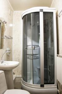 "Ванная комната в Гостиница ""Уют"""