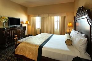 A room at The Claridge - a Radisson Hotel