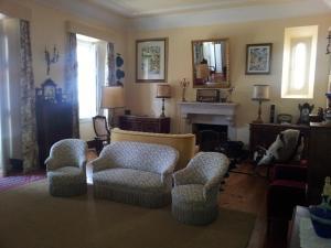 A seating area at Casa da Tia Guida