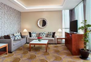 Лаундж или бар в Holiday Inn Kuwait Al Thuraya City