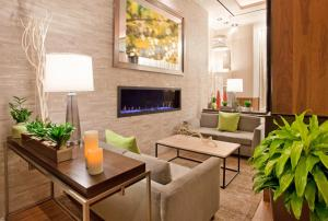 A television and/or entertainment center at Hilton Garden Inn Central Park South