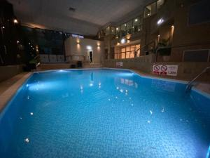 The swimming pool at or near DoubleTree by Hilton Sheffield Park